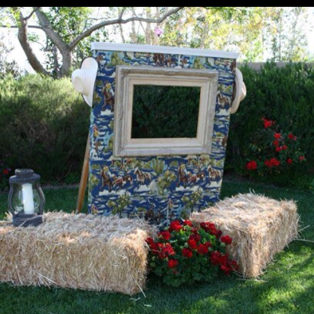 Do It Yourself Photo Booth For Western Themed Party Country