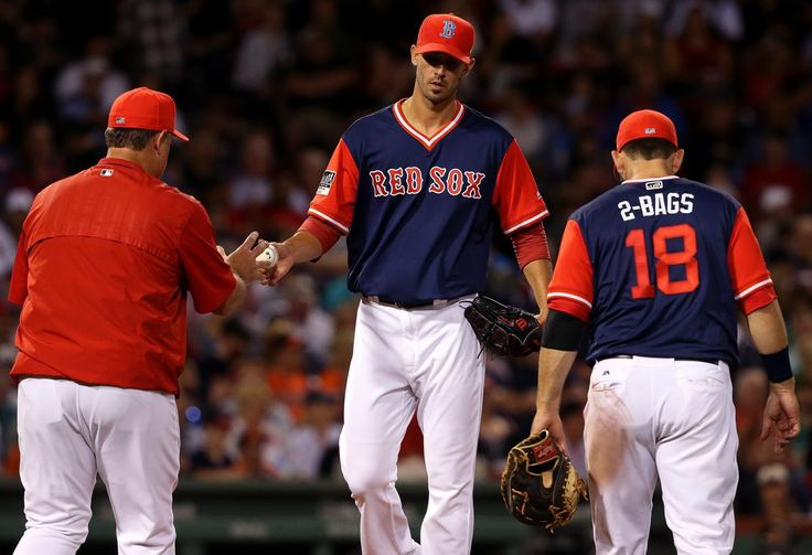 8Boston, MA - 8/25/2017 - (5th inning) Boston Red Sox starting pitcher Rick Porcello (22) hands over the ball to Boston Red Sox manager John Farrell as he leaves the game during the fifth inning. The Boston Red Sox host the Baltimore Orioles in the first of a three game series at Fenway Park. - (Barry Chin/Globe Staff), Section: Sports, Reporter: Peter Abraham, Topic: 26Red Sox-Orioles, LOID: 8.3.3518312820.