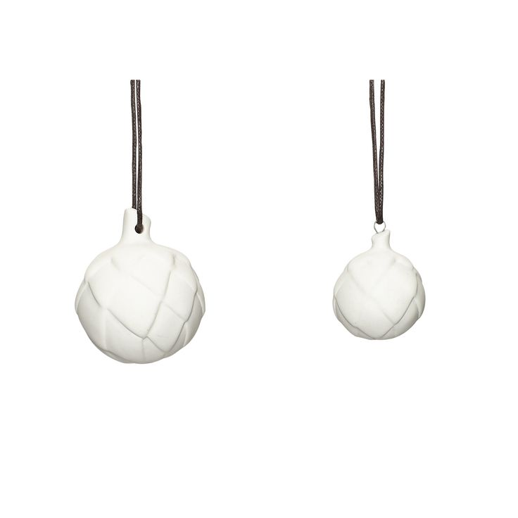 White ceramic Christmas balls in a set of 2. Product number: 250132 - Designed by Hübsch