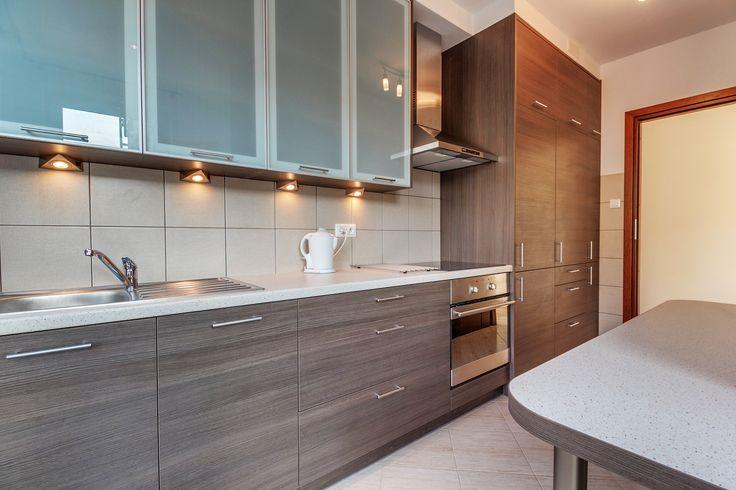 Na wynajem w Łodzi 3-pokojowe, do pierwszego zamieszkania, z tarasem i balkonem, nowoczesne, ładnie i funkcjonalnie zaaranżowane.