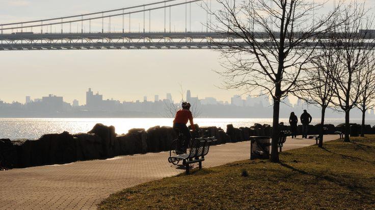 Palisades Park, Bergen County, New Jersey - bike trip from gw bridge to fort lee