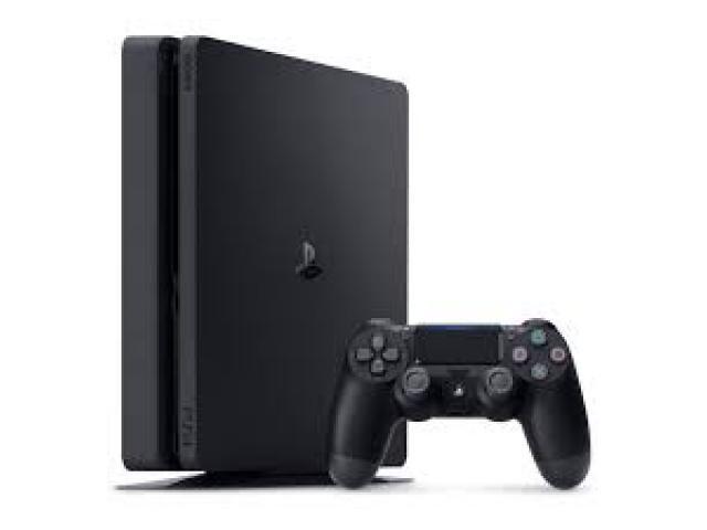 Console Playstation 4 Slim 500Gb - Sony http://7ly.com.br/ConsolesPS4 - O Sistema do PS4 foca nos jogadores, garantindo que os melhores jogos e a experiência mais imersiva seja possível na plataforma.  Console Playstation 4 Slim 500Gb - Sony http://7ly.com.br/ConsolesPS4 - Possui seu poder gráfico baseado em um processador poderoso, que possui oito núcleos funcionando a 64 bits.  Console Playstation 4 Slim 500Gb - Sonyhttp://7ly.com.br/ConsolesPS4...
