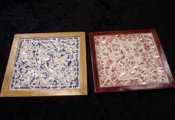 16 best images about broken dish crafts on pinterest diy for Mosaic pieces for crafts