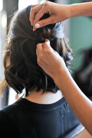 short hair updo hair tutorial via @Mystylevita