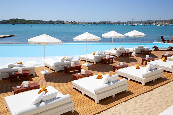 http://www.living-postcards.com/greek-back-mountain/nikki-beach-resort-spa-porto-heli#.U_YIVvl_srU