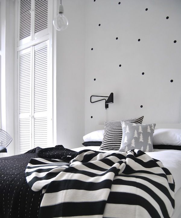 Dotted Walls / A Piece of Cake: