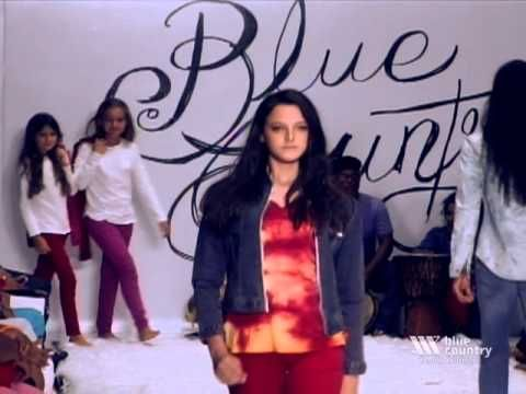 LIBERTAD ...nombre del desfile de Blue Country Jeans en Dominicana Moda 2013, como un homenaje al mundo del Denim,  Un desfile lleno de sorpresas y dinamismo donde no faltaron las diferentes expresiones artísticas urbanas, fusión de color, arte, música y baile que nos hizo conectar con diversas emociones del público. Una  colección con gran variedad de modelos y tendencias, lo que hace que hoy,15 después, sigamos siendo la marca líder del Denim en República Dominicana.