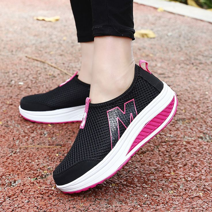 Wolf Who Summer Women Air Mesh Water Breathable Beach Shoes Platform Casual  Ladies Krasovki Slipony Slip