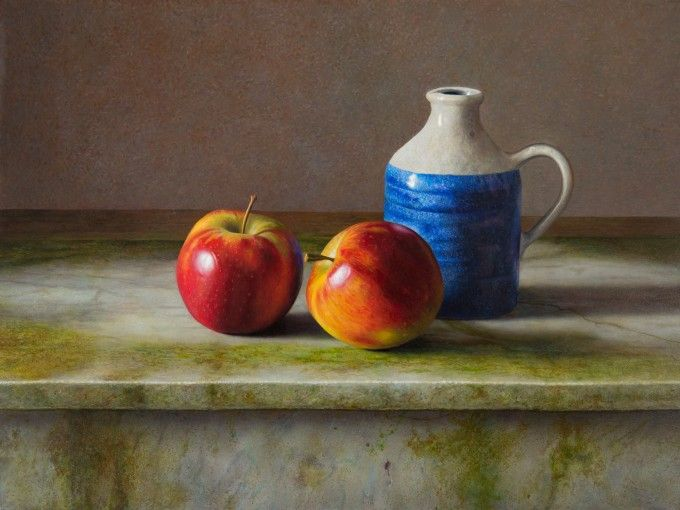 Appels op marmeren tafel