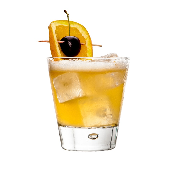 WHISKEY SOUR : INGREDIENTS -   2 measures Bourbon whiskey  1 measure Freshly squeezed lemon juice  1 measure Sugar syrup (sugar 2:1 water)  3 dashes Aromatic bitters  1/2 fresh Egg white  Garnish    Lemon slice and cherry (sail)  INSTRUCTIONS - 1 Serve drink with all ingredients shaken with ice. 2 Strain into a glass of ice. HOW TO SERVE IT -   Serve in an Old-fashioned glass  Garnish with a lemon slice and cherry