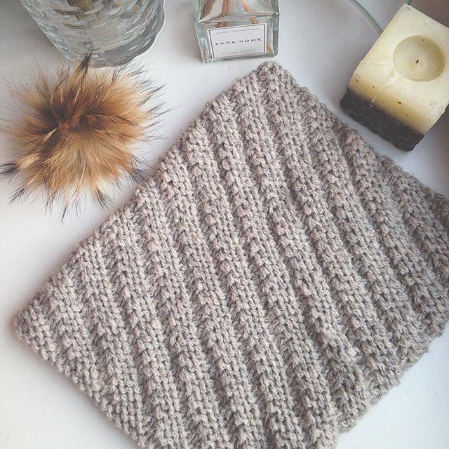 Оборотная сторона двухстороннего снуда #handknit #juliagoffman #handmade #снуд#knit #instaknit #вяжутнетолькобабушки #idea #paloma#debbieblisspaloma