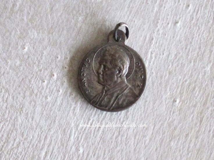 Vintage Medal Pendant Beatification of Blessed Maria Assunta Pallotta by Pope Pius X Signed Alf www.fatiguedfrenchfinds.com