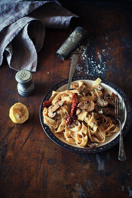 Tagliatelle with Creamy Lemon Vodka Sauce, Sun-Dried Tomatoes & Mushrooms #vegetarian #recipe