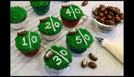 How To Decorate Chocolate Football Cupcakes