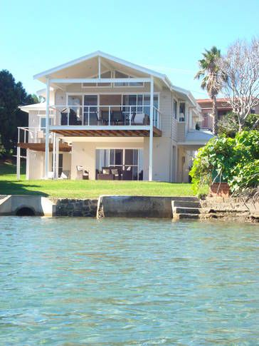 Shore Thing, a Currarong House   Stayz
