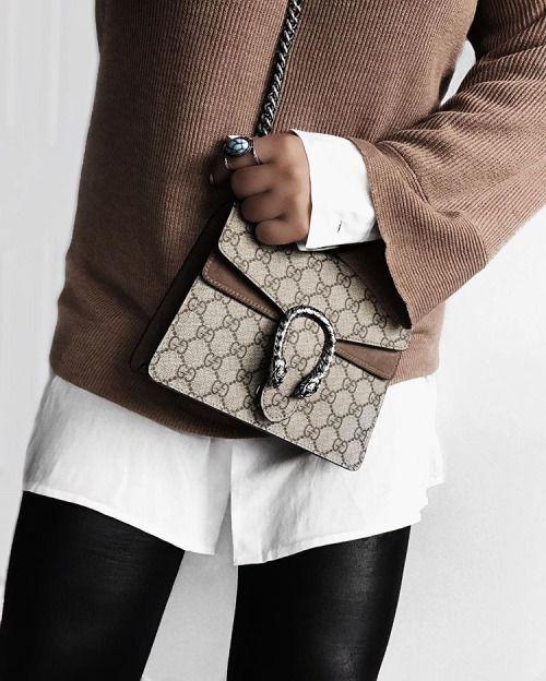 Gucci supreme belt bag uk