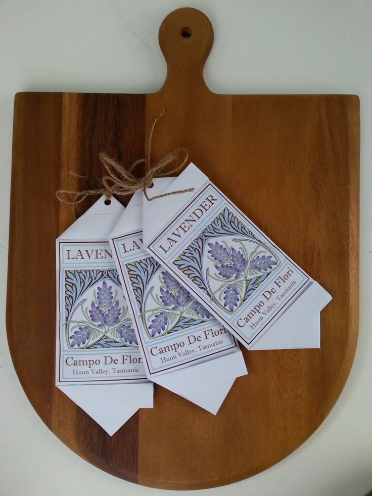 Lavender Sachet. This glueless FSC certified paper fold sachet is filled with Tasmanian Lavender grown at Campo de Flori in the Huon Valley by CampoDeFloriStudio on Etsy