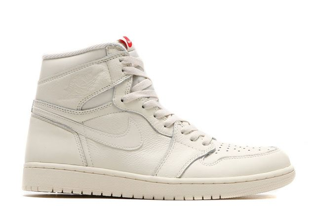 """Jordan Brand  está de vuelta con su segundo lanzamiento  """"Premium Essentials""""  de Air Jordan 1 Retro  High OG. Esta versión adqu..."""