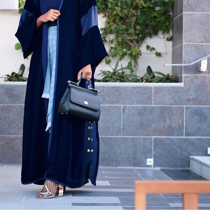 IG: The.Queen.Of.Oman || IG: BeautiifulinBlack || Abaya Style ||