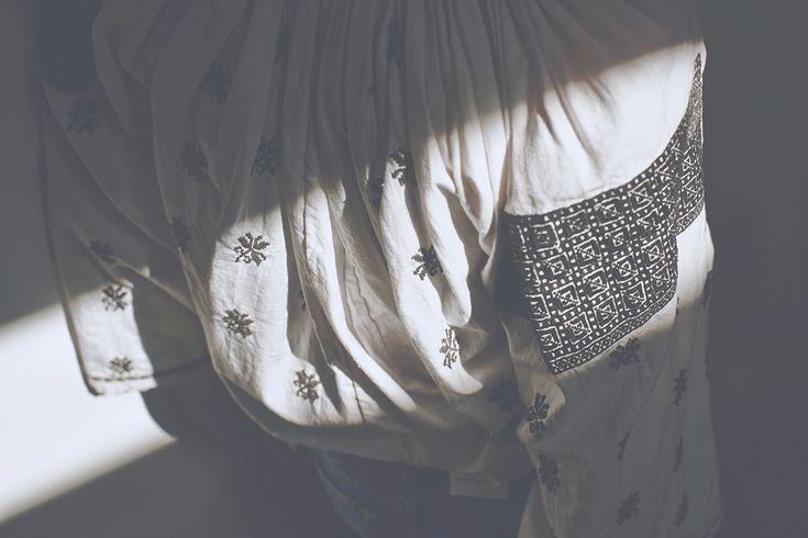 Photography: Copyright -Folkwear Society/Model: Adela Niculae