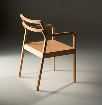 R2 (Armchair) was selected as a finalist of the International Furniture Design Competition Asahikawa 2008.