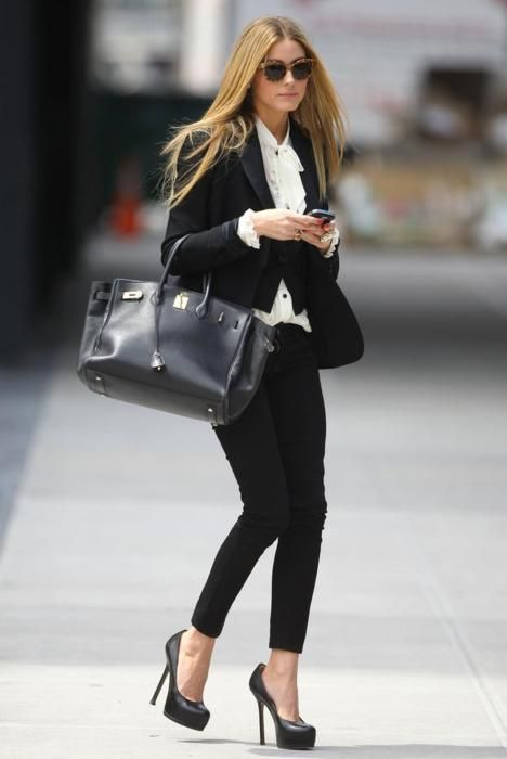 Keepin' it classy: Oliviapalermo, Style, Black And White, Black White, Fashion Blog, Olivia Palermo, Work Outfit, Skinny Pants, Work Attire