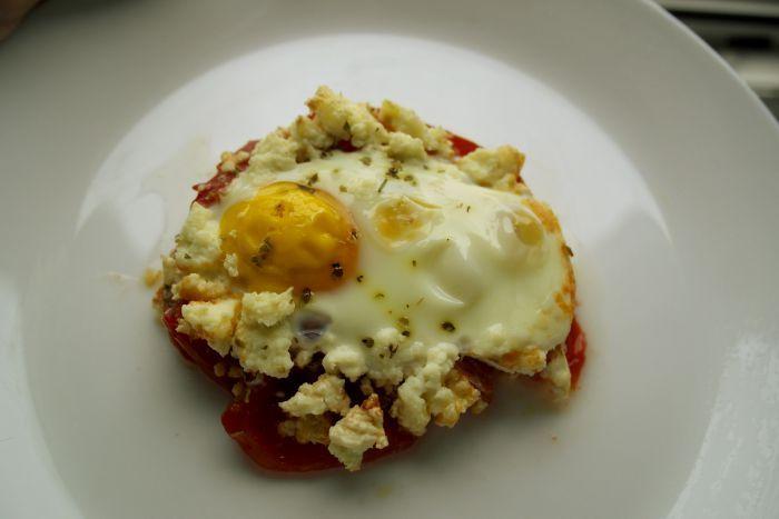 diversificare, biscuim, retete biscuim, retete cu rosii pentru copii, retete mic dejun pentru copii, oua cu rosii la cuptor