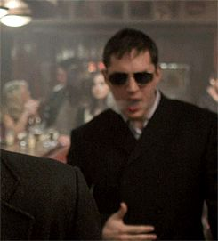 I looooooove that gif. He looks amazing. Tom Hardy as Freddie Jackson