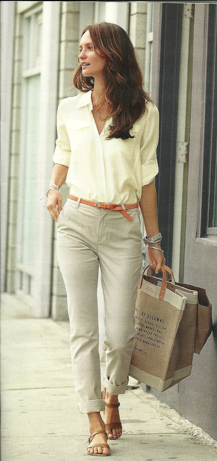 Gorgeous casual outfit! Cuffed skinny pants and blouse tucked in. Womens spring fashion clothing outfit