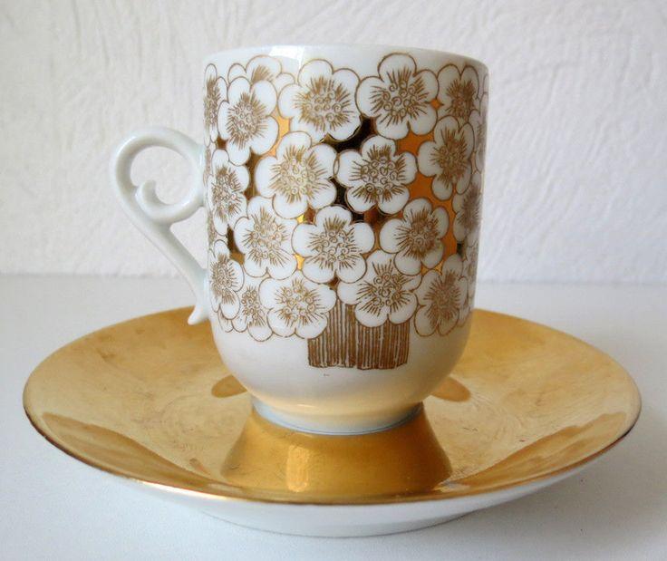 Beautiful......ARABIA OF FINLAND Esteri Tomula, Vintage Mira Mocca Cup & Saucer