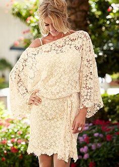 Vestido de encaje holgado en tono beige. 107.... PERFECTO!!!