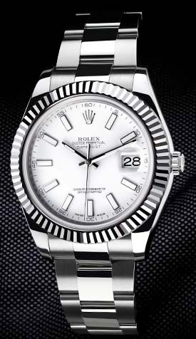 Patience, la montre Rolex Oyster Perpetual Datejust II sera bientôt disponible sur Leasy Luxe. // www.leasyluxe.com #iconic #luxurywatch #leasyluxe