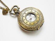 """Montre de poche, Collier """"Horloge roman"""""""