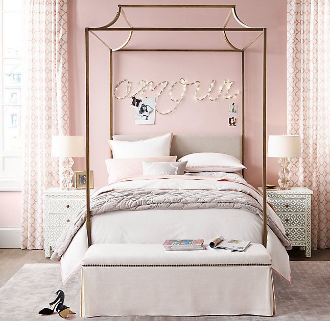 Rh Teen S Cecily Canopy Bed With Its Distinctive Graceful