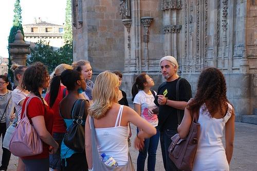 Los alumnos de Tía Tula, Colegio de Español, visitando Salamanca