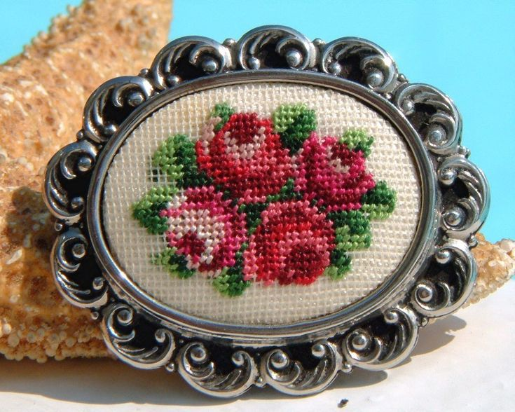 Vintage Needlepoint Embroidered Brooch Pin Petit Point Roses - Pins, Brooches