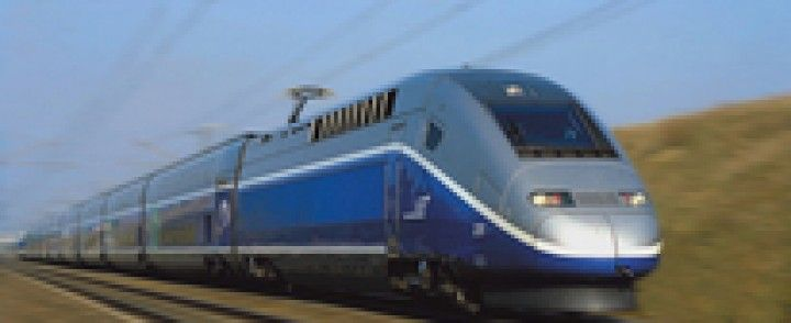 Treni più larghi, stazioni da rifare in Francia. E' polemica