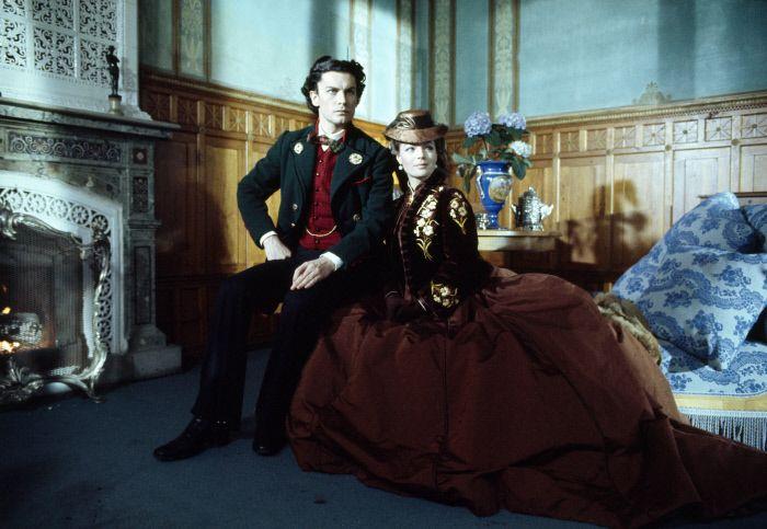 """Retrato de Helmut Berger y Romy Schneider para """"Ludwig"""" (1972) de Luchino Visconti. Vestuario: Piero Tosi"""