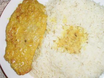 Das perfekte Curry-Rahmschnitzel-Rezept mit Bild und einfacher Schritt-für-Schritt-Anleitung: Das Fleisch kurz abspülen, mit Küchenpapier trocken tupfen…