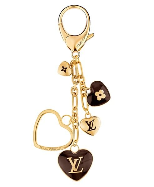 We need a boy to buy us this fabulous Louis Vuitton heart keychain for Valentine's Day... any takers?
