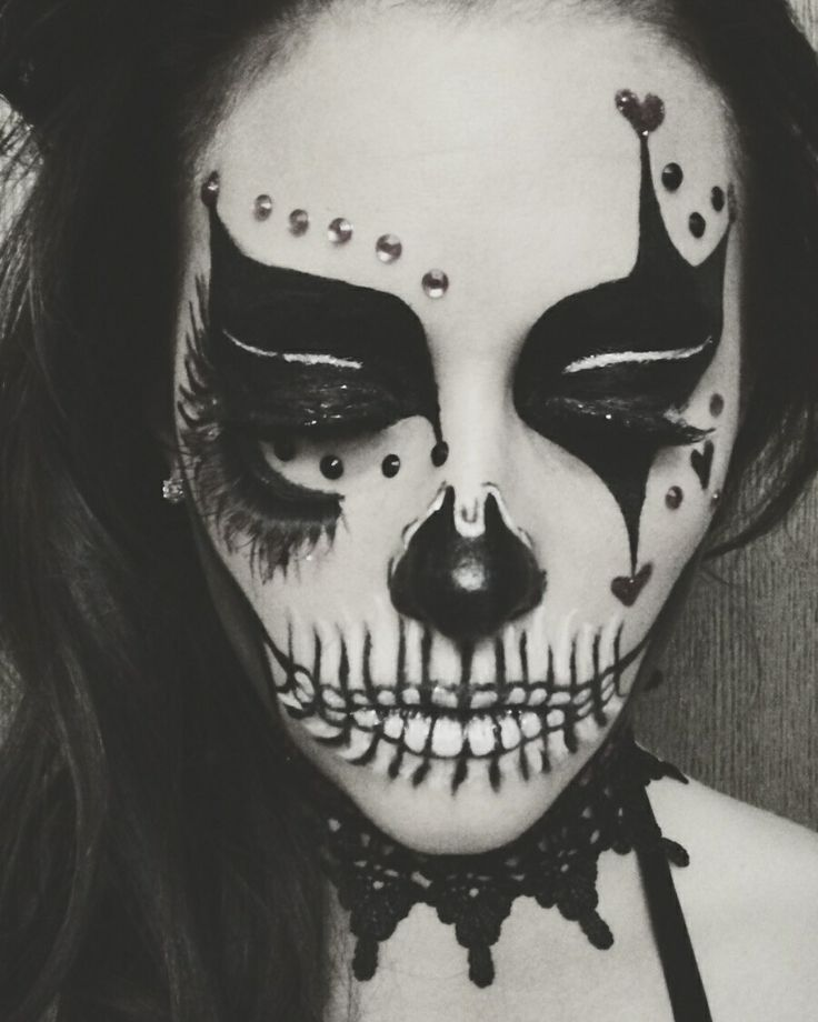 Skull Jester that I did last year for Halloween. Absolutely one of my favorite Halloween makeup that I've ever done!