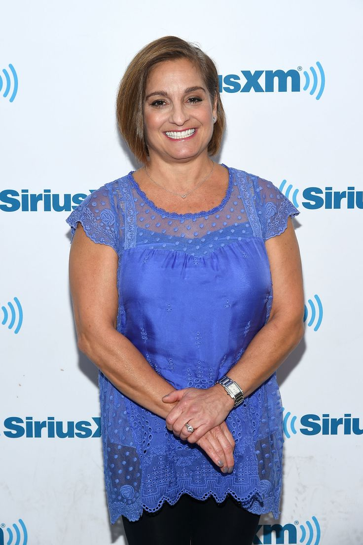 Olympic Gold Medalist Mary Lou Retton Couldn't Play Dolls With Her Baby Daughters. Now, She's Opening Up About the Heartbreaking Reason