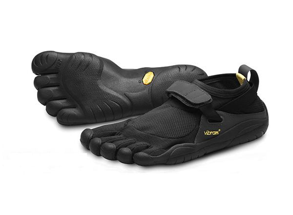 Men's KSO (Keep Stuff Out) Vibram FiveFingers in Black/Black.