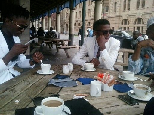 With friends catching up with news trends and style  #Barneyandfriends#menswear#gentlemen#dapper#style#class#elegant#coffee#business#tradition#culture#effortlessly#buildyourownstyle#rakish#sartorial#sartorialism#Barneysstyle#madeinSA#tshwane#dlambili#friends