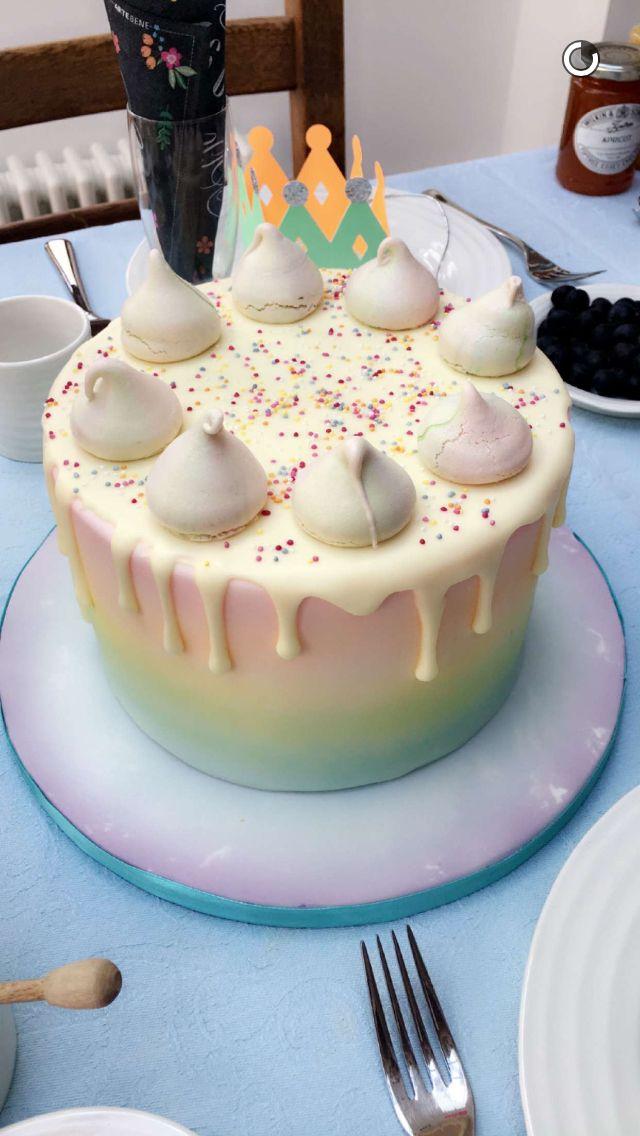Zoella Birthday Cake 2016