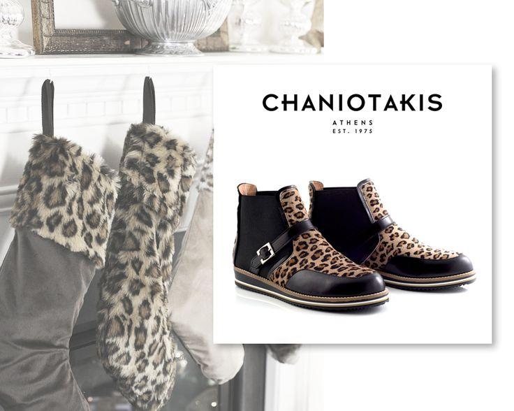 Μέσα στο πνεύμα των ημερών! http://tinyurl.com/o8gtv9g #ankle_boot #leopard #christmas_fashion #chaniotakis