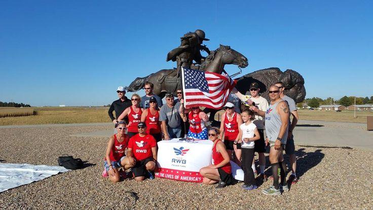 Team RWB visits the scultpure - enriching the lives of American Veterans