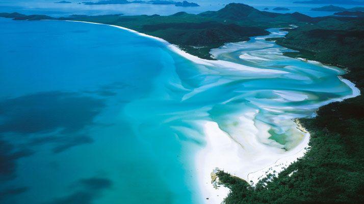 Whitehaven Beach, Whitsunday Island, Australia. photo © Australia.com.