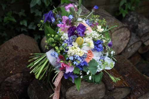 Florist Friday: Interview with Lindsey Kitchin of The White Horse Flower Company | Flowerona