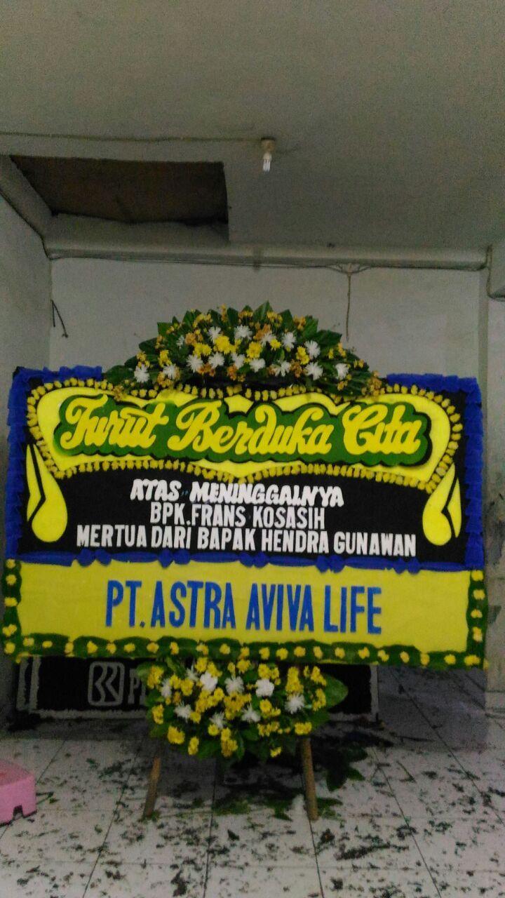 Toko Bunga Di Sawangan Depok Menerima Pemesanan Karangan Bunga Di Sawangan Depok Hubungi Kontak Kami Di 081210475072 089637404700 Florist Bunga